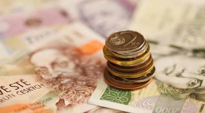 Mal-gastar-el-dinero-que-tanto-esfuerzo-cuesta-ganar