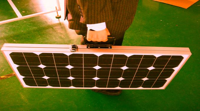 Maletin-de-Solar-Panel-Kit