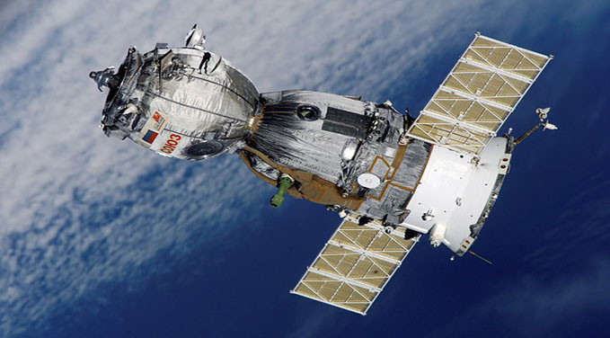 Satellite-Soyuz-Spaceship-Space-Station