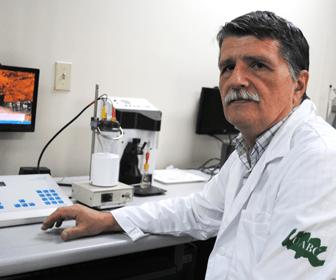 Combustible limpio a traves del investigador Roumen Zlatev