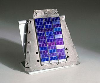 Celda solar de pequeño voltaje